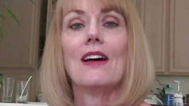 वयस्क कोई पंजीकरण  लिपस्टिक और होंठ इंग्लिश पिक्चर वीडियो सेक्सी और सूजे हुए क्लिट्स