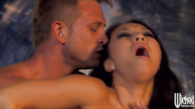 वयस्क कोई पंजीकरण  लड़की अपने स्तन मरोड़ते सेक्सी इंग्लिश सेक्सी पिक्चर हुए